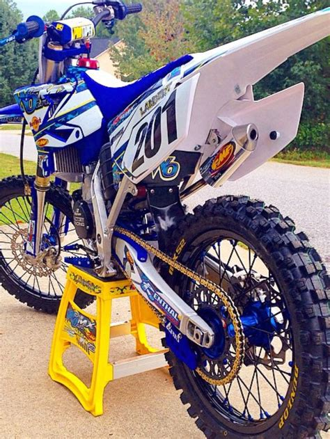 motocross biking 25 best ideas about 125 dirt bike on yamaha