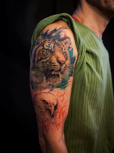 tiger shoulder tattoo 41 tremendous tiger shoulder tattoos