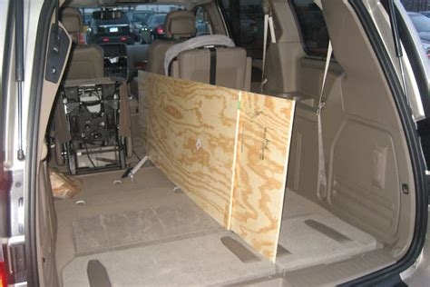 chrysler town and country dimensions chrysler town and country interior dimensions