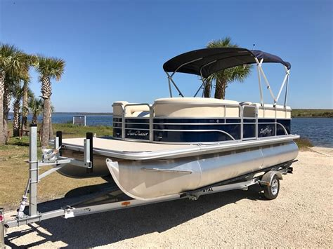 sunchaser pontoon pontoon boat rentals in jacksonville fl sunchaser