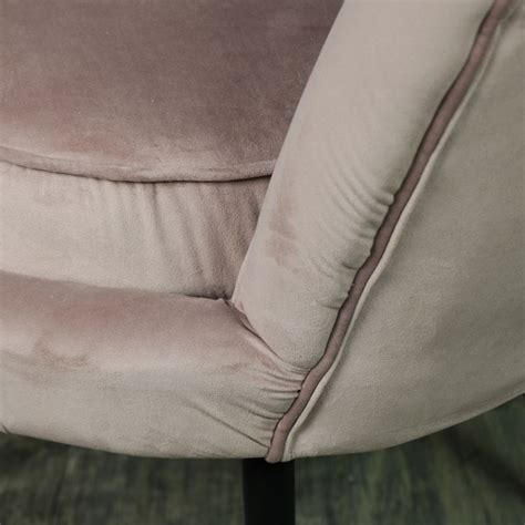 dusky pink velvet button back bedroom chair by ella james dusky pink velvet chair melody maison 174