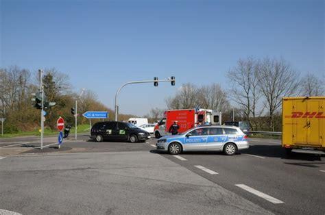 Motorrad M Nchengladbach Hardt by M 246 Nchengladbach Schwerer Verkehrsunfall Auf Der Hardter