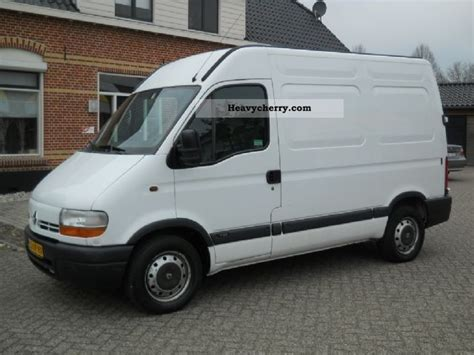 renault master 2001 box type delivery van van or truck up to 7 5t commercial