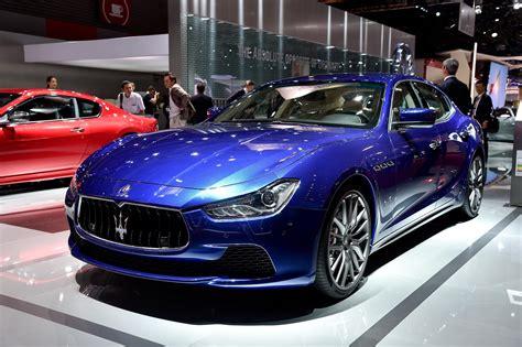 Maserati Ghibli Blue Luxuo