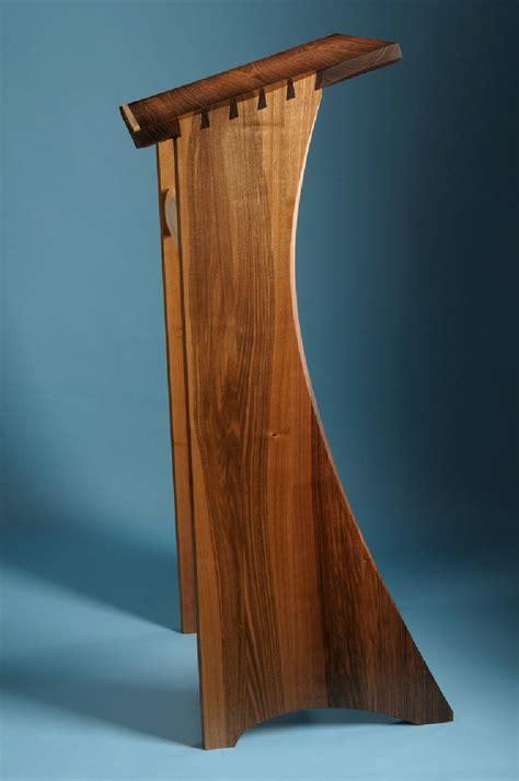 wood podium plans     podium