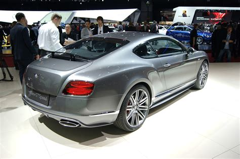bentley rear bentley boss talks diesel plug in hybrid options motor
