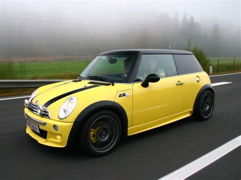 Mini Cooper Yellow by 25 Best Ideas About Yellow Mini Cooper On