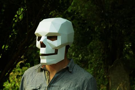 Papercraft Costumes - make your own geometrical papercraft mask boing boing