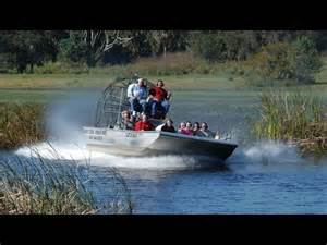 youtube airboat rides everglades florida everglades boggy creek airboat ride youtube
