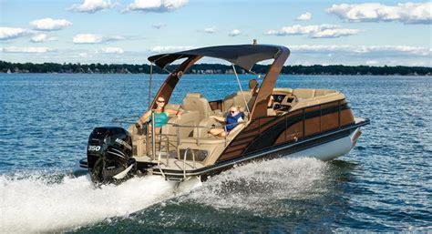 luxury pontoon fishing boats best 25 luxury pontoon boats ideas on pinterest tiny