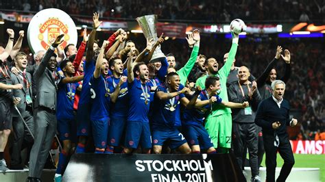 2017 europa league final manchester city send classy tribute to europa league