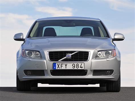 volvo t6 turbo volvo s80 gets t6 turbo and d5 diesel with awd news top