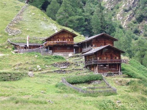 urlaub alm österreich 12 bergh 252 tten und almen am las 246 rling h 246 henweg in osttirol