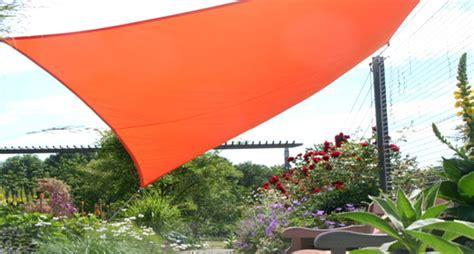 sonnenschutz garten sonnenschutz im garten sonnensegel markise