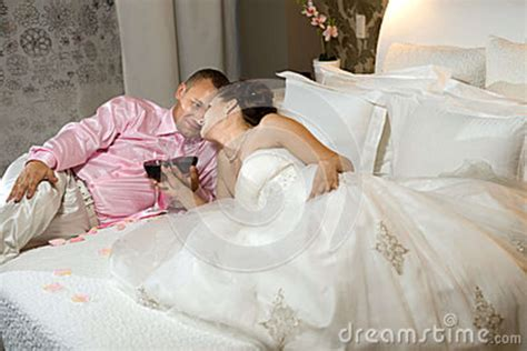 Newly Married Couple Stock Photo   Image: 39985043