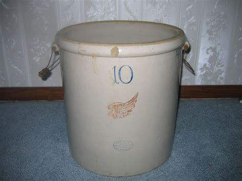 10 gallon ceramic crock antique wing 10 gallon stoneware crock w handles item