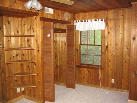 Built In Closet Shelving by Bedroom Closet And Built In Shelving