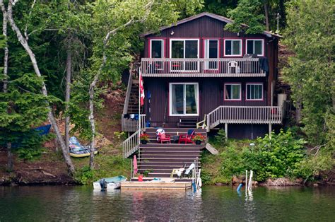 small lake homes 51 stunning lake houses new big and cozy