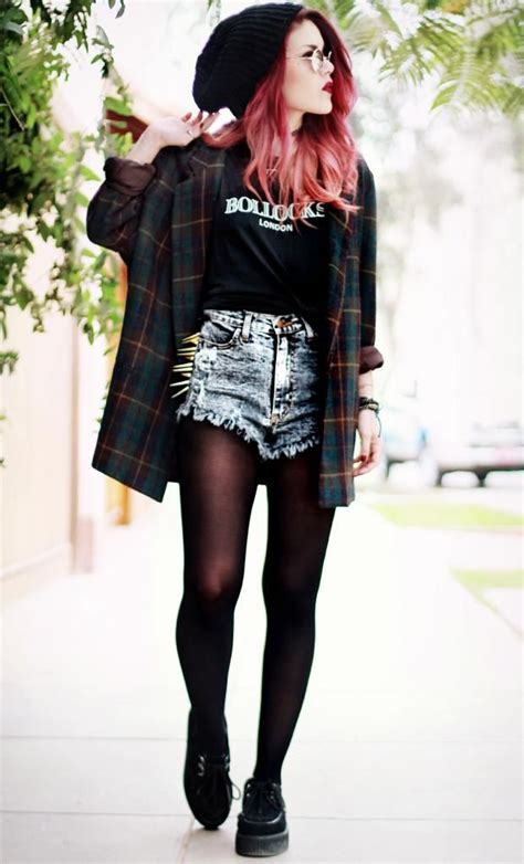 More Grunge Looks by Grunge Beanie Spikes Denim Kili