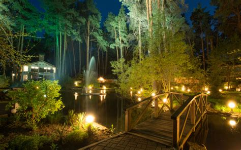 landscape lighting installation guide 7 to install energy efficient landscape lightingterracast products