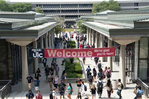 Find Uic New Enrollment Record At Uic Uic Today