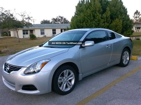 nissan altima 2 door sport 2011 nissan altima s coupe 2 door 2 5l