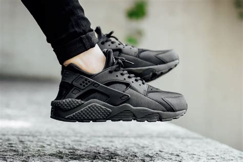 Nike Huarache nike wmns air huarache run black sneakers addict