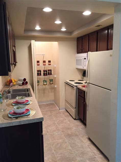 fort wayne appartments williamsburg village by redwood rentals fort wayne in apartments com