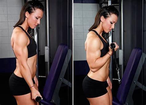 Dumbbell Wanita 5 latihan untuk membentuk biceps triceps dan forearms