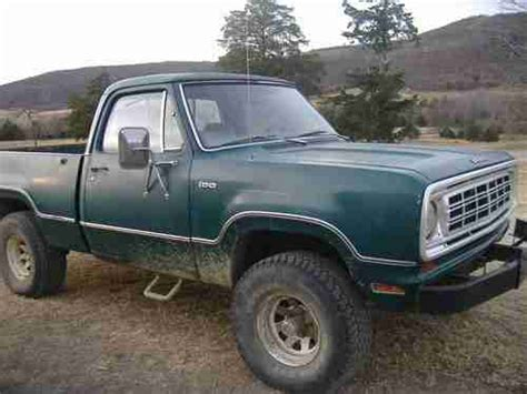 film pick up 1975 purchase used 1975 dodge 1 2 ton 4x4 short bed pick up in