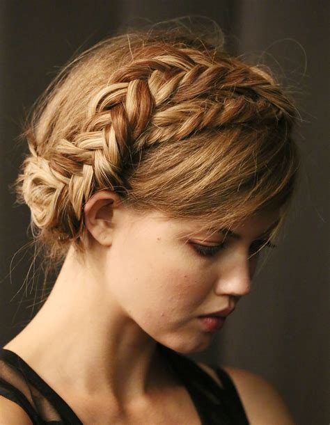 braided hairstyles milkmaid pretty hair is fun how to do a milkmaid crown fishtail