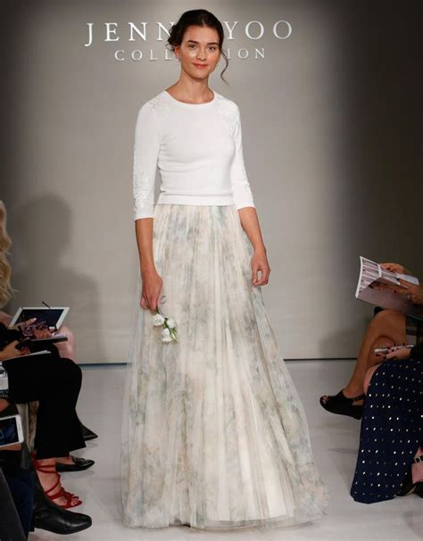 Wedding Dress Jumper by Floral Accents In Yoo S Fall 2016 Wedding Gowns