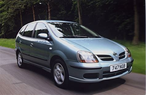 nissan almera tino estate review 2000 2005 parkers