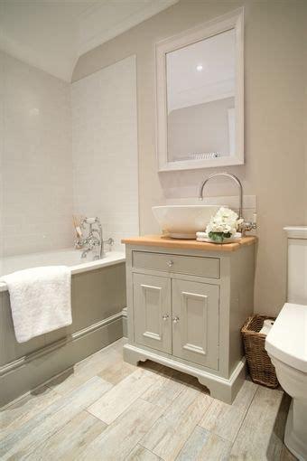badezimmer marmorcountertops neptune chichester oak countertop washstand 640mm
