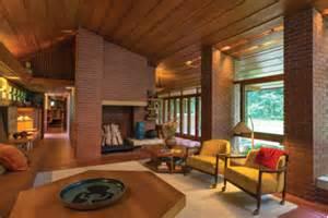 Essay frank lloyd wright s usonian homes attainable dream or