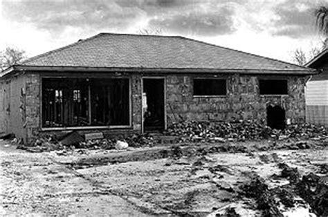 john wayne gacy house john wayne gacy photos 4 murderpedia the encyclopedia of murderers