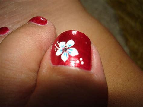 hawaiian flower nails ideas  pinterest flower