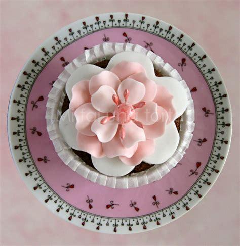 pasta di zucchero fiori fiore di pasta di zucchero stesso sto altro fiore