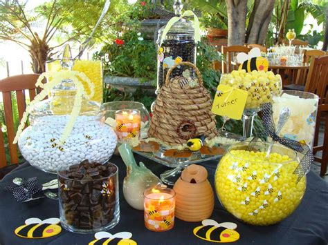 Bee Baby Shower Ideas by 31 Bee Themed Baby Shower Decorations