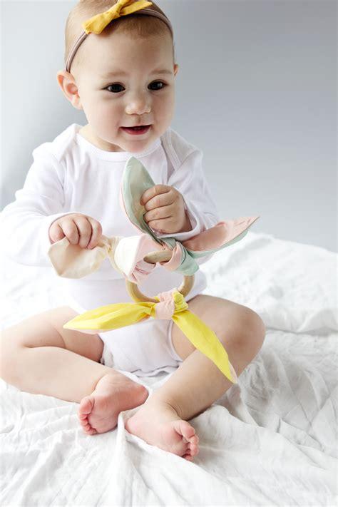 diy crinkle baby diy baby crinkle twelvelittle giveaway see kate sew