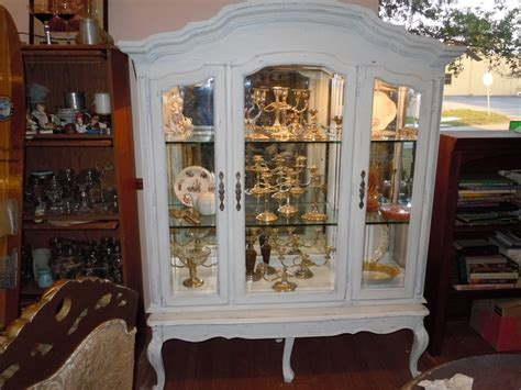 what to put on top of china cabinet best 25 repurposed china cabinet ideas on
