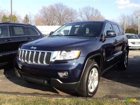 laredo jeep 2012 2012 true blue pearl jeep grand laredo x package