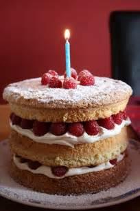 kuchen geburtstag file birthday cake downpatrick april 2010 02 jpg