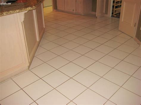 Kitchen Floor Tile And Grout by Floor Tiles With Grey Grout Kezcreative