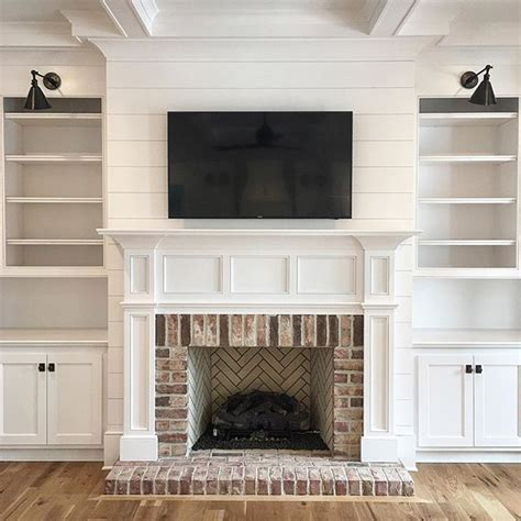 White Brick Fireplace Decorating Ideas by Best 25 White Brick Fireplaces Ideas On Brick