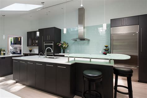 Best Colors For Kitchen Cabinets by A Look At Some Really Cool Kitchens New Hampshire Home
