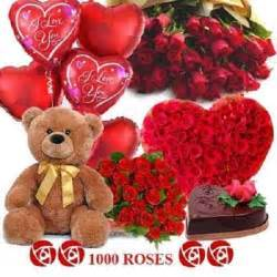 1000 roses with 3 feet teddy with heart shape ball myflowergift