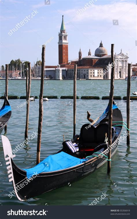 venice boat transportation gondola passenger transportation boats typical for