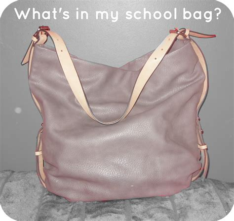 beauty and me what s in my school bag