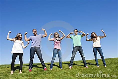 imagenes de jovenes fuertes adultez temprana desarrollo f 237 sico cognoscitivo y